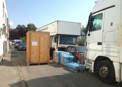 Déménagement DOM-TOM Qui sommes nous Galerie Préparation de marchandise avant chargement en camion-01 site demdomtom.com